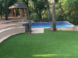 Artificial-Grass-in-Backyard